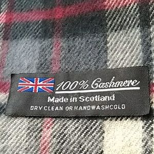 Vintage cashmere scarf made in Scotland